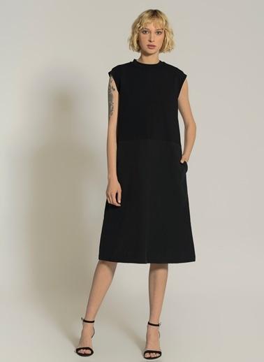 NGSTYLE Poplin Etekli Kolsuz Elbise Siyah
